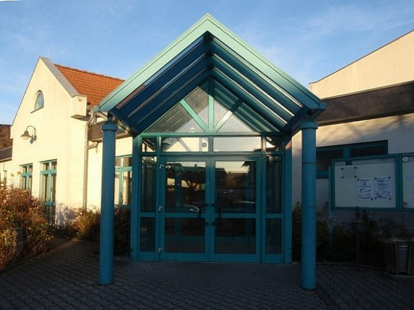 Eingang Huttengrundhalle